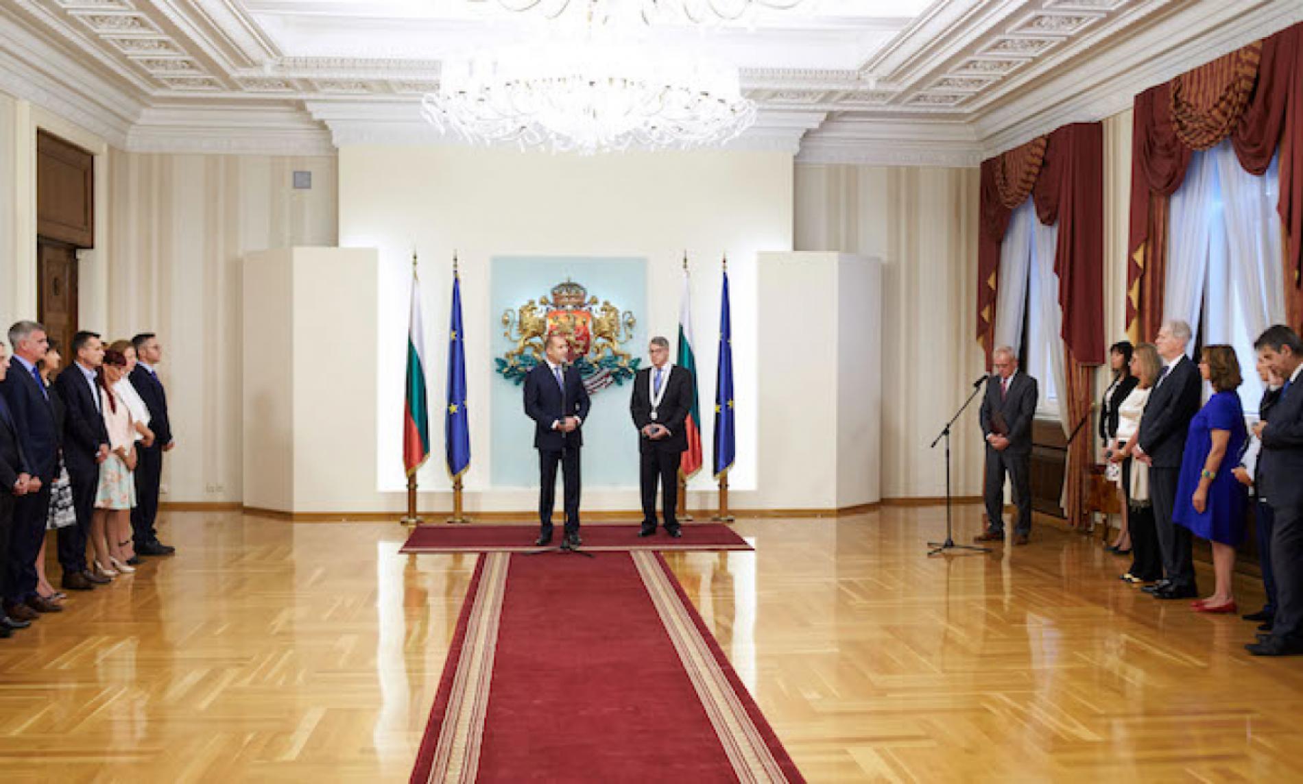 Президентът връчи на гръцкия посланик орден от първа степен