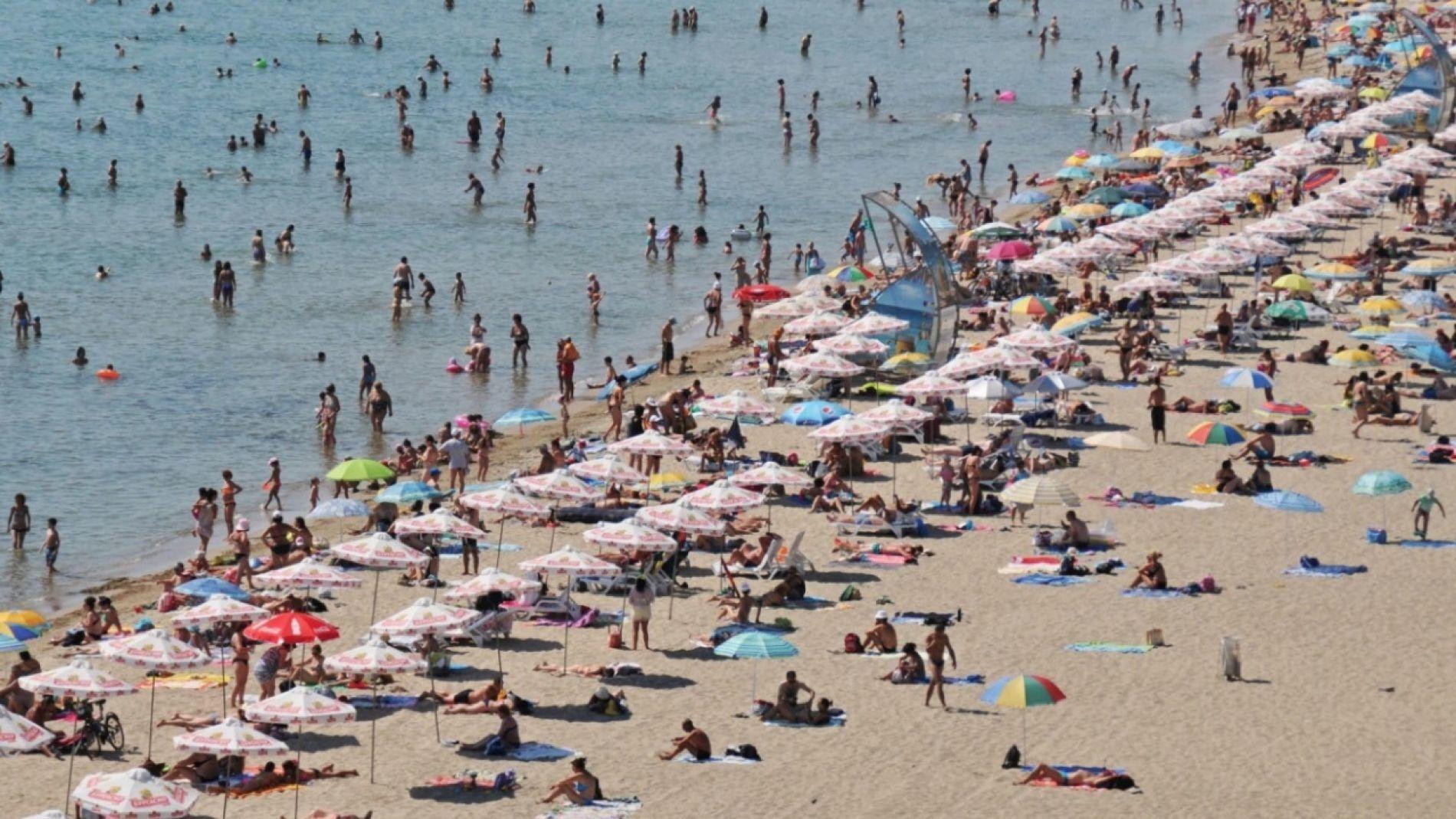 До края на май чадърите в Свети Влас ще бъдат безплатни