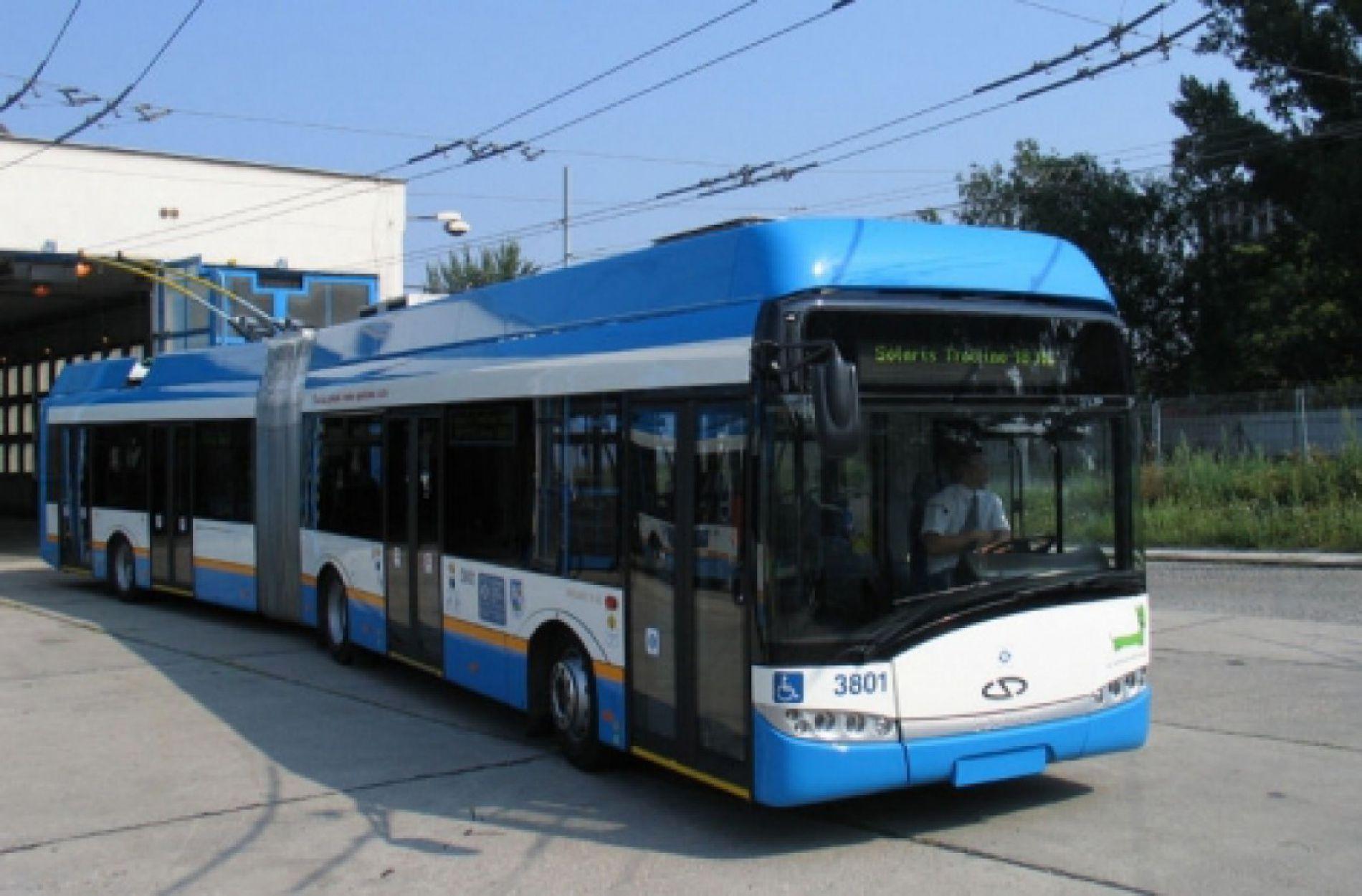 Нови тролейбуси във Варна