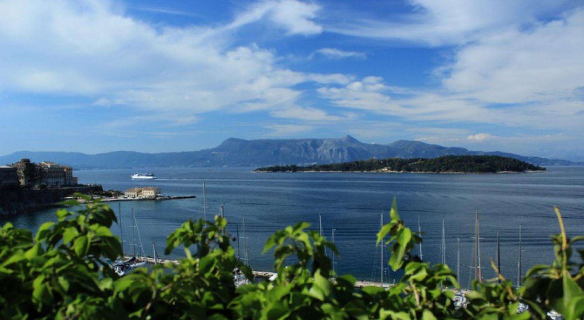 Български туристи блокираха на остров Самотрака заради спрени фериботи
