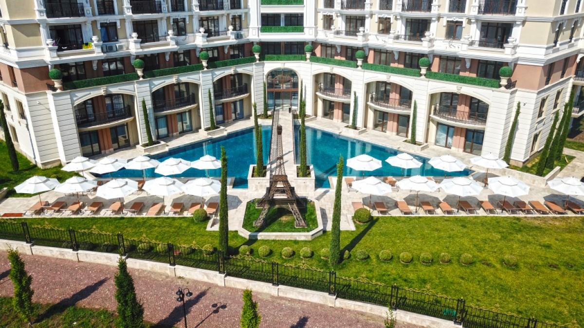 Apartments in Romance Paris complex in Saint Vlas Bulgaria