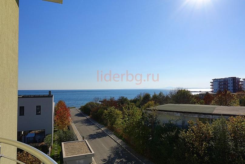 Апартамент с изглед към морето в Равда България